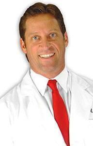 """ד""""ר גלן צ'ארלס ממליץ על היירמקס לעיבוי והגדלת צפיפות השיער"""